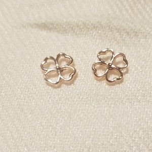 Jewelry - NWOT rose gold plated 4 leaf clover earrings